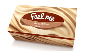 Салфетки Kleenex в обновленной упаковке