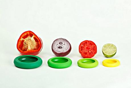 Удобная емкость для хранения разрезанного овоща или фрукта