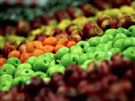 ВЦИОМ: Россияне поддержали трехцветную маркировку продуктов
