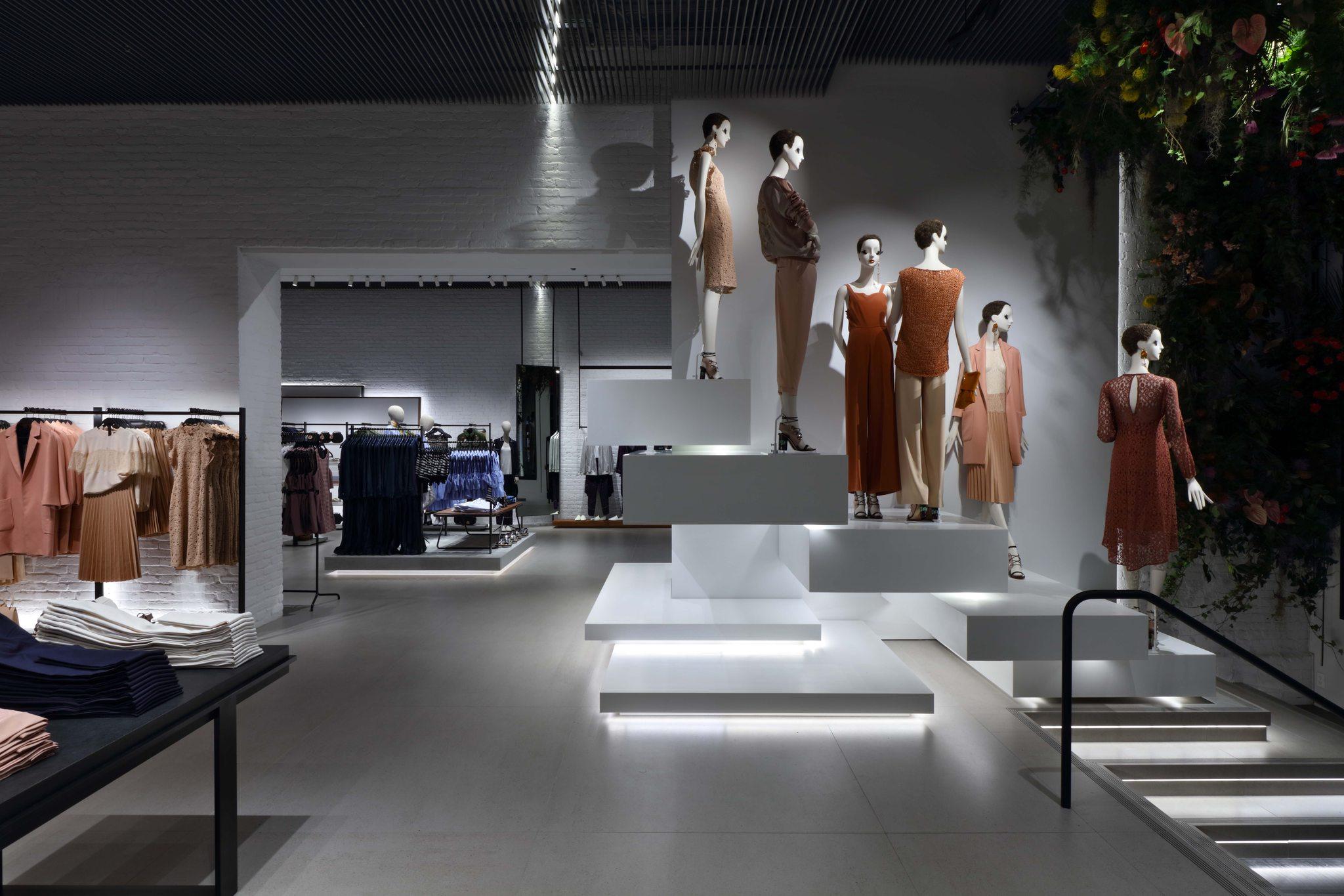 New york fashions store 22